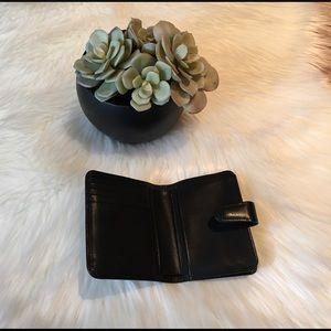 Coach 💋 kisslock wallet